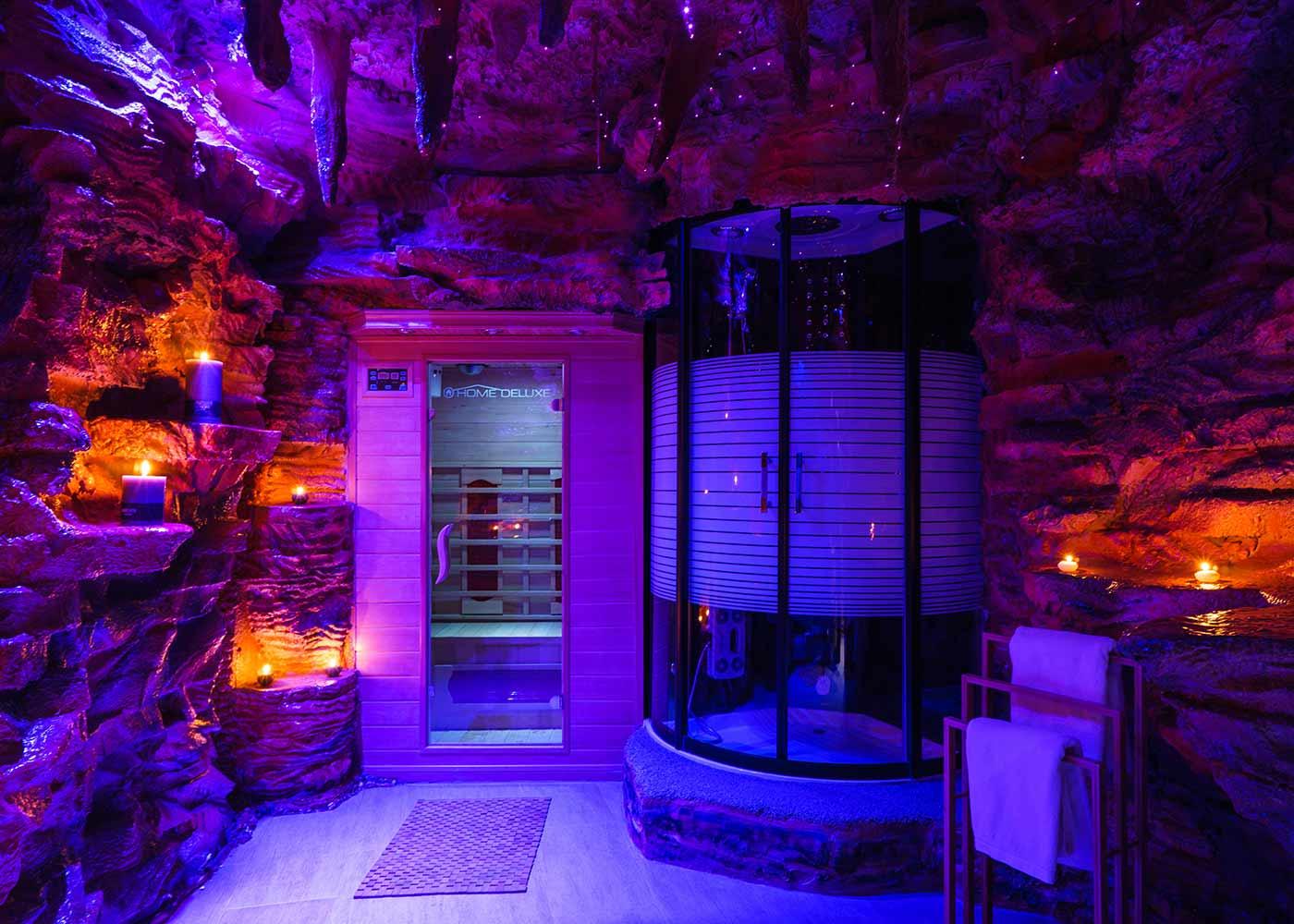 Premium Deluxe Suite Tropfsteinhöhle Sauna